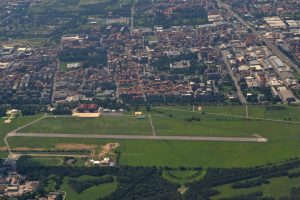 Milano-Bresso_Airport_(aerial_view)