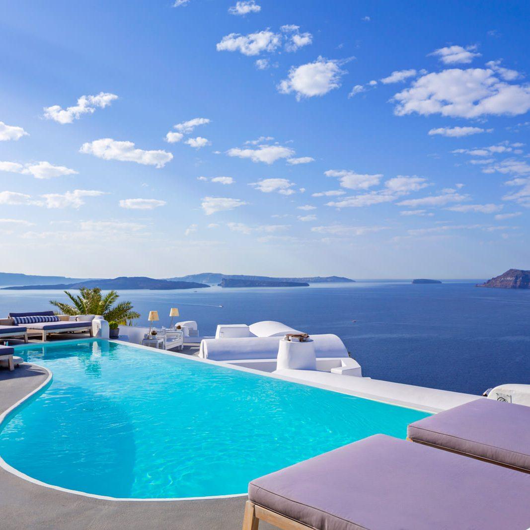 katikies_hotel_santorini_pool_bar_01